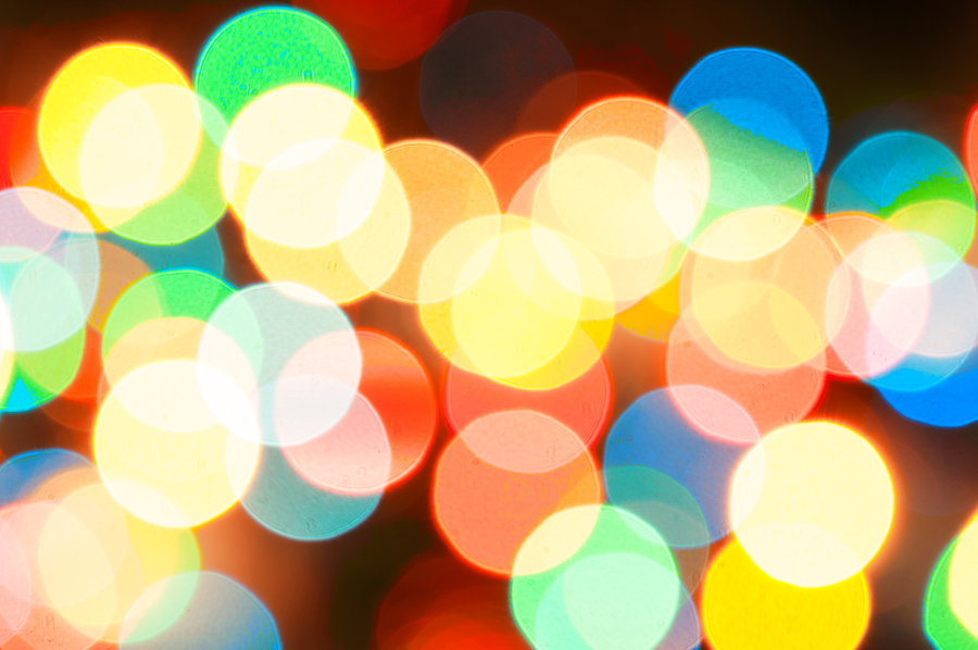 In Praise of Christmas Lights